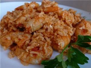 креветки с тунцом и рисом