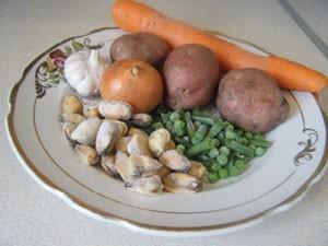 мидии и овощи