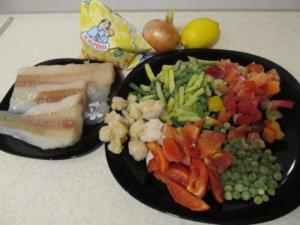 Морская рыба и замороженные овощи