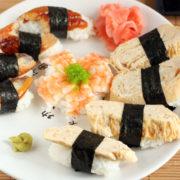 Суши с тунцом и креветками