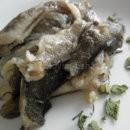Бычки тушеные в масле с луком