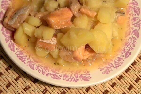 Брюшки семги с картошкой
