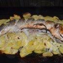 Кефаль запеченная с картошкой