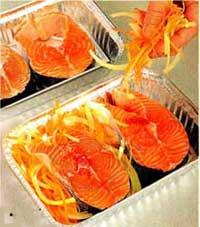 лук и морковь на рыбе
