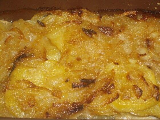 запеканка с салакой и картофелем