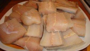 Филе рыбы кусочками