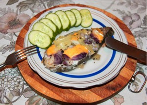 зубатка с овощами и сыром в фольге