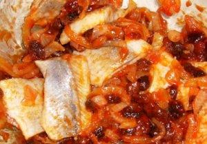 Холодная закуска из сельди в маринаде