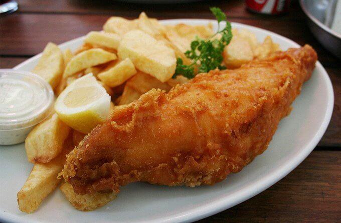 рыба жаренная с картофелем