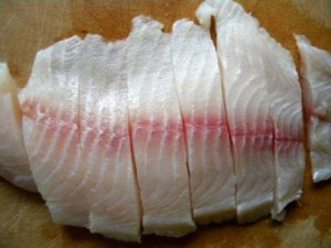 Нарезка филе рыбы
