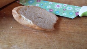 Кораблик из хлеба