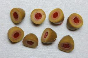 Порезанные оливки