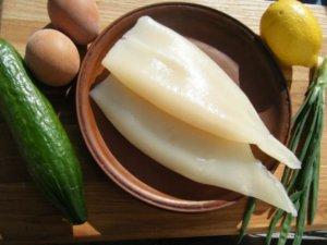 Свежие кальмары для салата