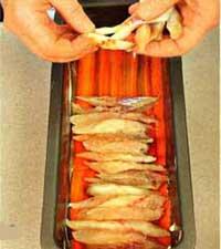 Филе рыбки в торте-салате