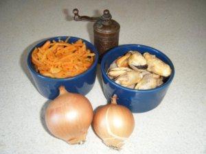 Мидии и корейская морковь