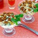 Салат порционный с сухариками