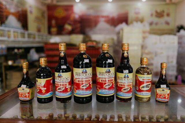 Рыбный соус в бутылках